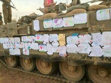 IDF tank plastered in blessings from Israeli children