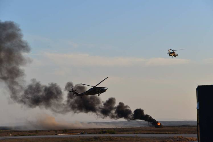 Battlefield attack and rescue demonstration - IAF pilots graduation ceremony. Photo by Lenny M.